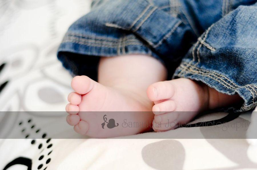 Baby {L} | Feet