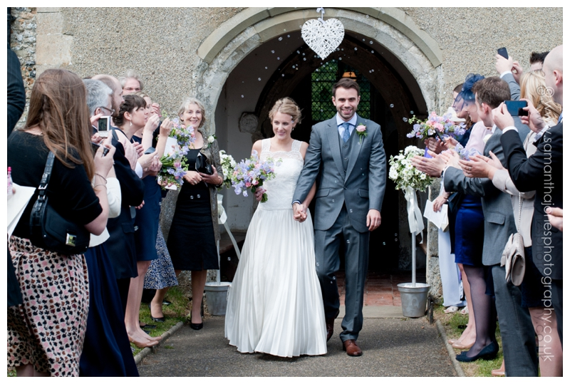 Hannah and Simon by Kent wedding photographer Samantha Jones 022