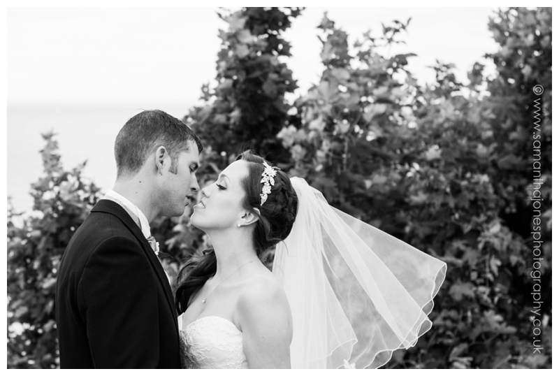 Lynsey and Neil wedding photography at The Grand in Folkestone by Samantha Jones Photography 22