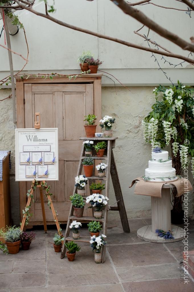 Touch of Tuscany photoshoot with Amanda Jane Wedding Design image by Samantha Jones Photography 10