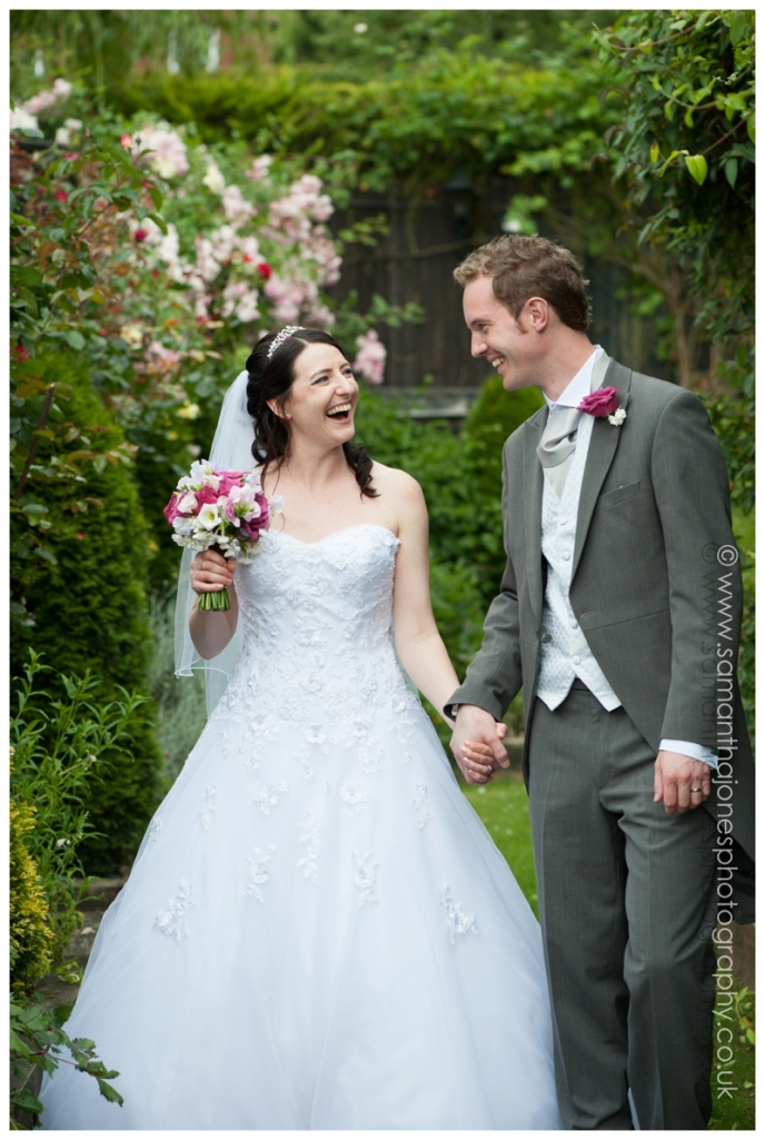 Charlotte and Matt wedding at The Black Horse by Samantha Jones Photography 19