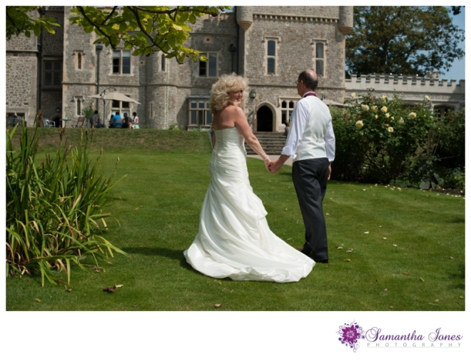 Lee and Geoff wedding at Whitstable Castle by Samantha Jones Photography 19