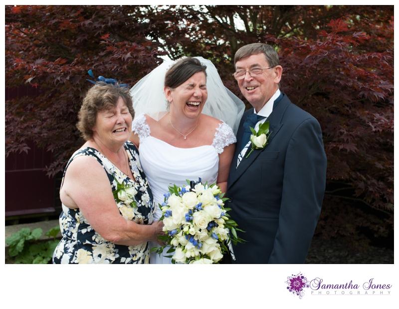 Vicki and Grant wedding at Archbishops Palace by Samantha Jones Photography 02