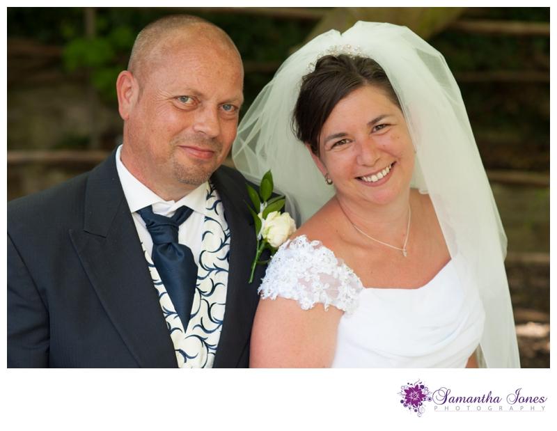 Vicki and Grant wedding at Archbishops Palace by Samantha Jones Photography 04