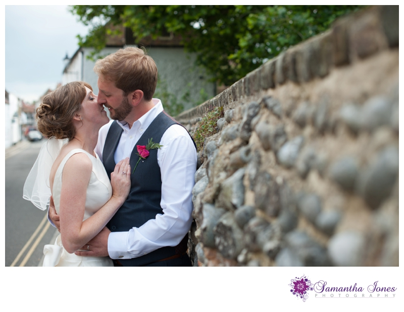 Heather and Pete married at the Guildhall in Sandwich by Samantha Jones Photography 2b