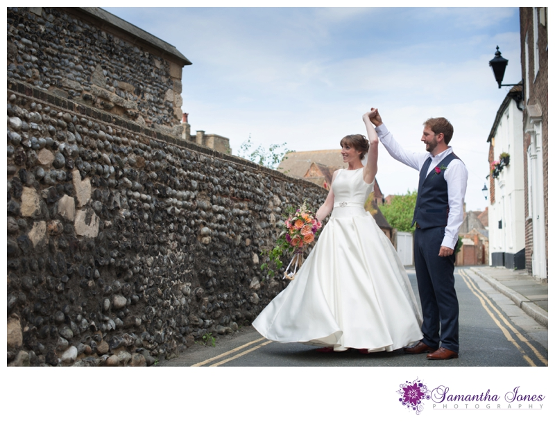 Heather and Pete married at the Guildhall in Sandwich by Samantha Jones Photography 3a