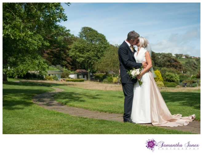 Sarah and Grant married at Pines Calyx by Samantha Jones Photography 4