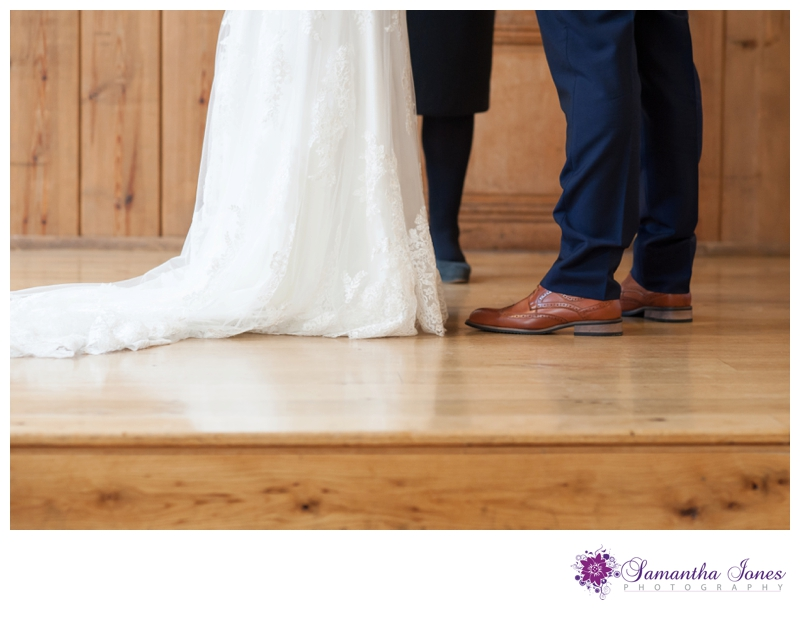 Decia and Nick wedding at Winters Barns by Samantha Jones Photography 32