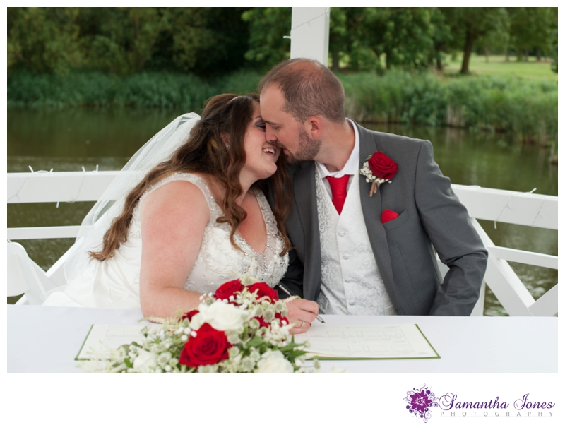 Debbie and Liam wedding at Stonelees by Samantha Jones Photography 03
