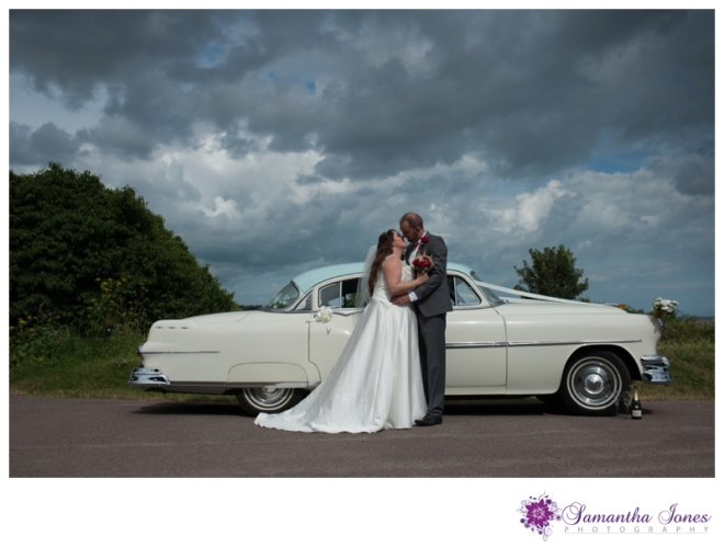 Debbie and Liam wedding at Stonelees by Samantha Jones Photography 05