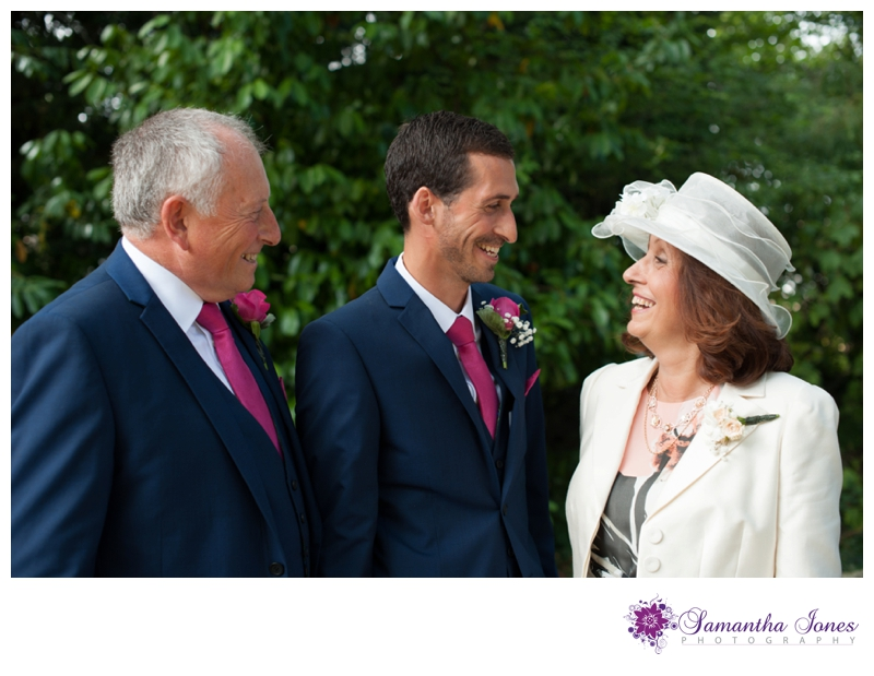 Rachel and Michael wedding at Brogdale by Samantha Jones Photography 05