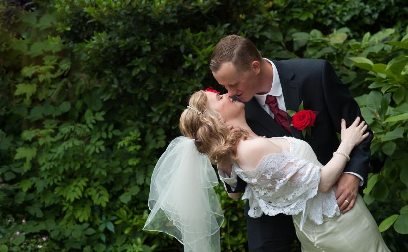 Sara and Ben – a fabulous short coverage wedding inCanterbury