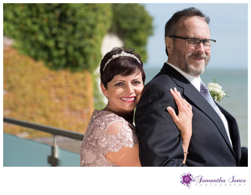 Lisa and Robert married at Pegwell Bay Hotel by Samantha Jones Photography 05