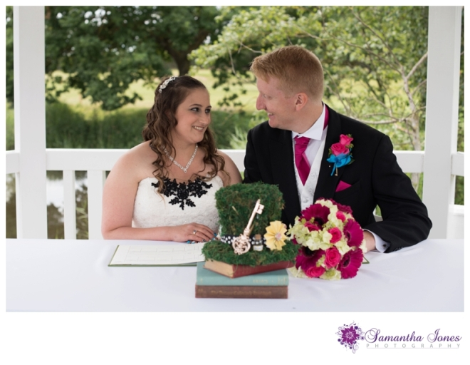 Charlotte and Edward married at Stonelees by Samantha Jones Photography 02