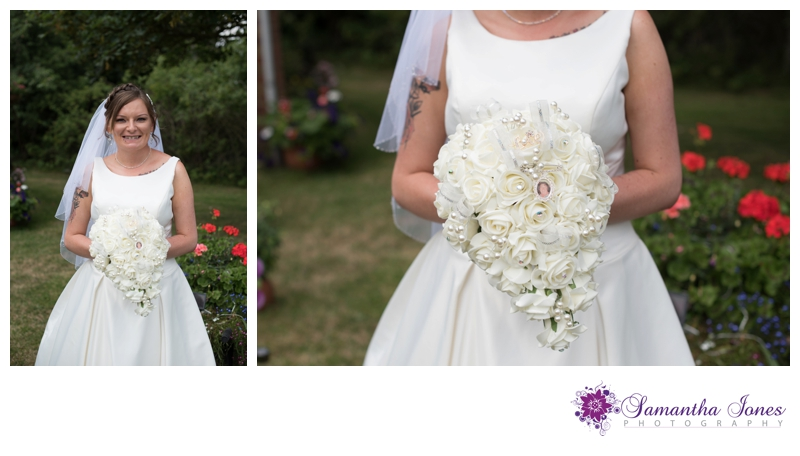 Heather and Simon Faversham wedding by Samantha Jones Photography 01