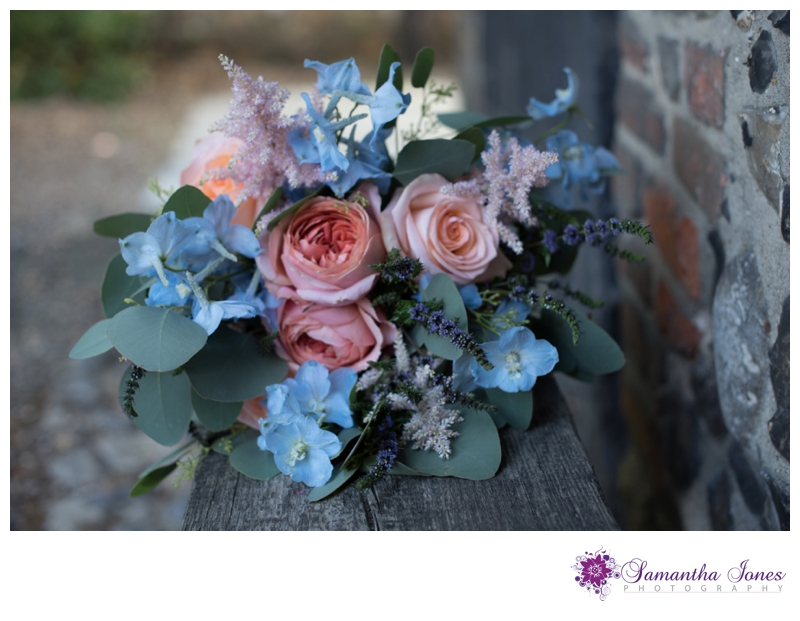 Styled bridal photoshoot at Fordwich Town Hall by Samantha Jones Photography 15