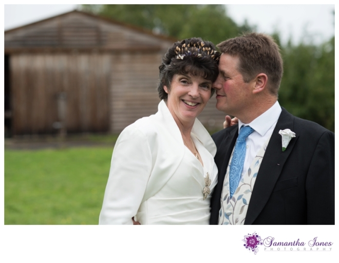 Vicky and Simon married at Egerton and Barnlea by Samantha Jones Photography 13