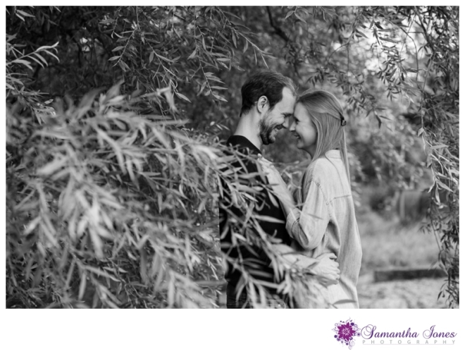 Juliette and Sam at Elvey Farm by Samantha jones Photography 06