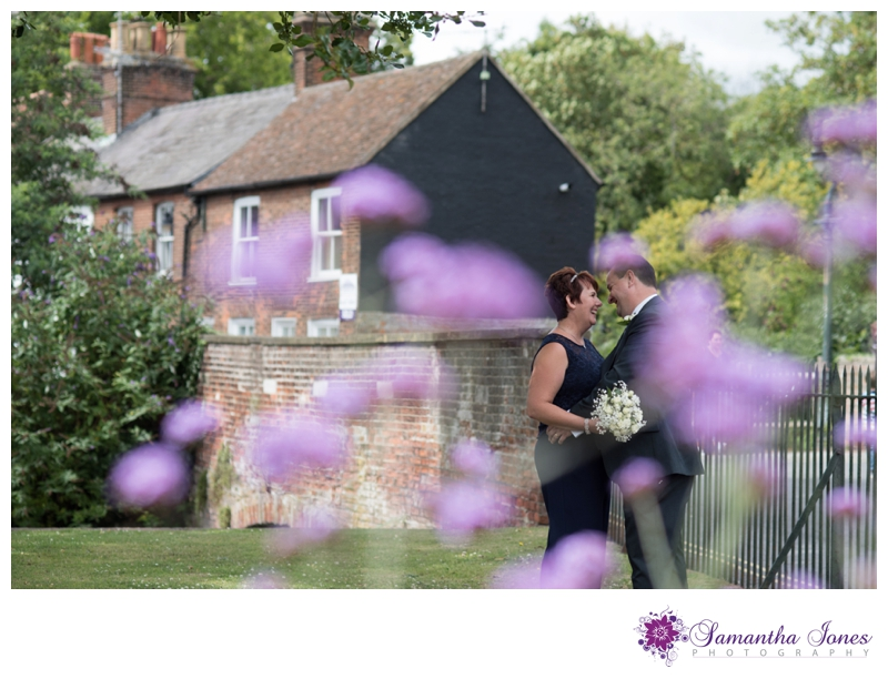 Sharon and John married at Wellington House in Canterbury by Samantha Jones Photography 06