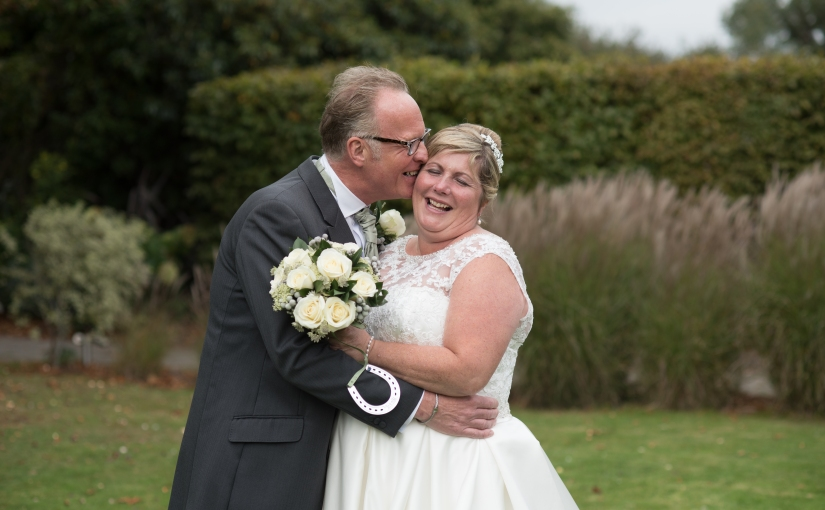 Wendy and Andy, married at Hadlow Manor at the start of autumn {sneak peek}