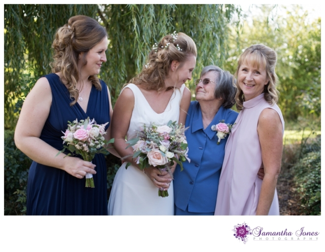 Juliette and Sam married at Elvey Farm by Samantha Jones Photography 010