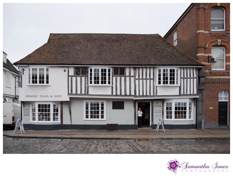 Sara and Simon wedding at The Old Brewery Store in Faversham by Samantha Jones Photography