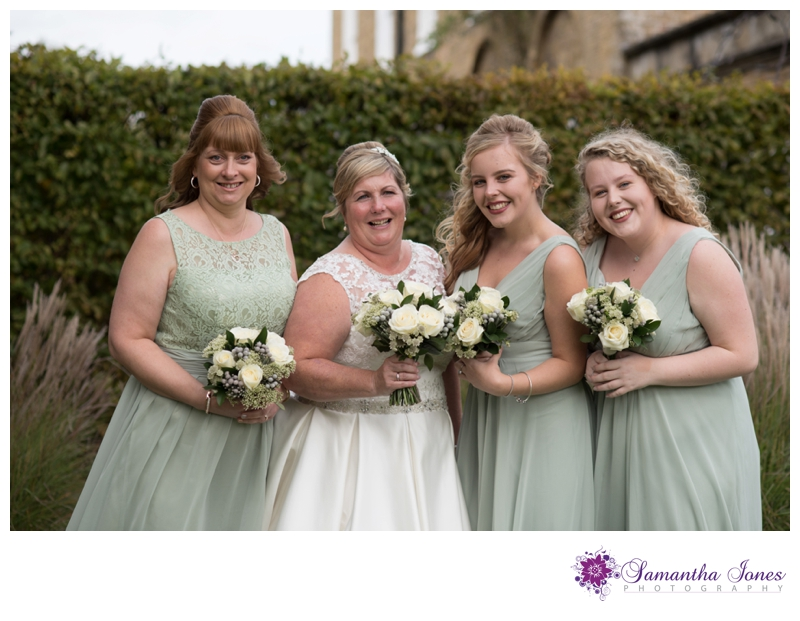 Wendy and Andy wedding at Howfield Manor by Samantha Jones Photography 03