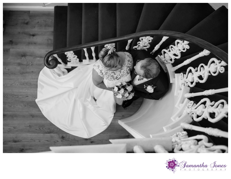 Wendy and Andy wedding at Howfield Manor by Samantha Jones Photography 06