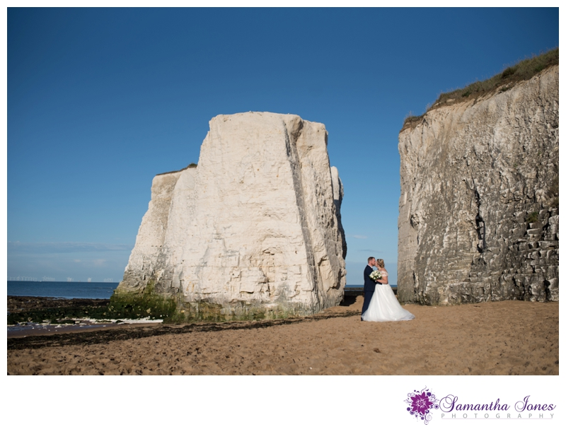 Niki and Josh married at Queens Road Baptist Church with reception at The Botany Bay by Samantha Jones Photography