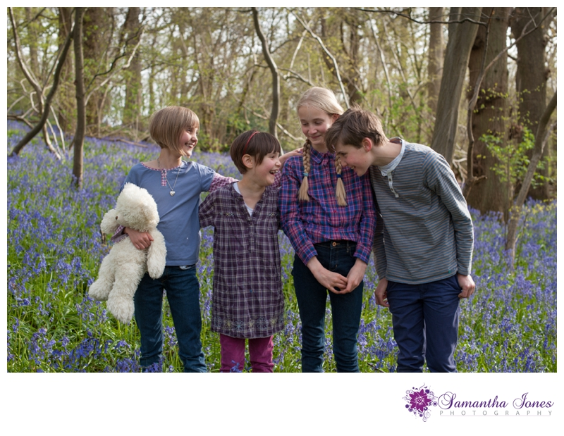 Faversham photographer photographs families