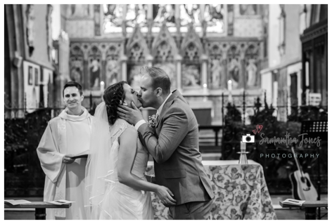 Faversham wedding photography for Rachel and Chris by Samantha Jones Photography 09