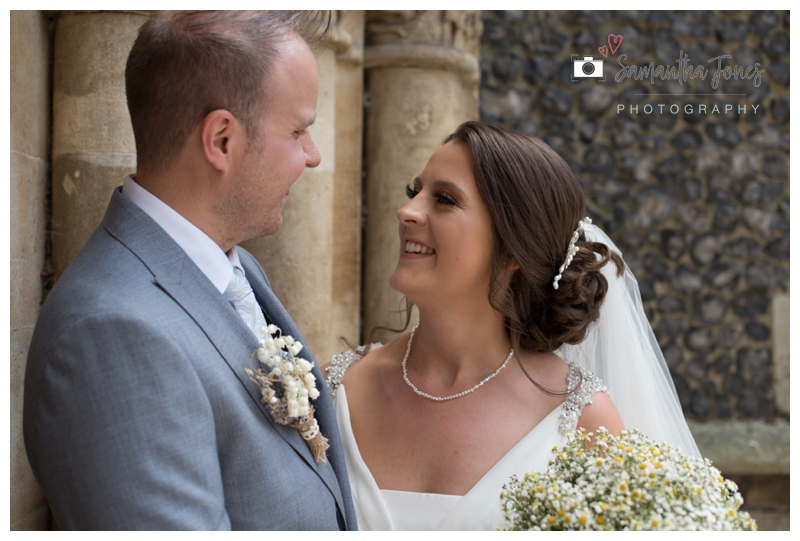 Faversham wedding photography for Rachel and Chris by Samantha Jones Photography 12