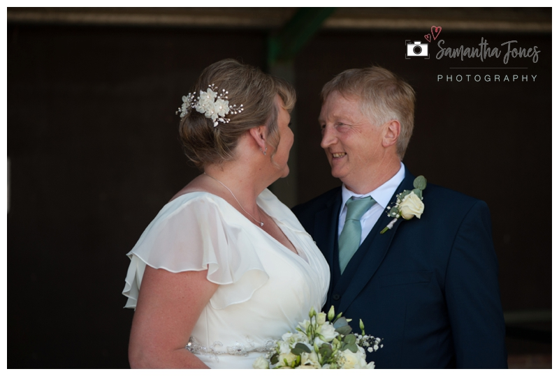 Faversham wedding Sheenagh and Jeff at Boughton Golf Club 10